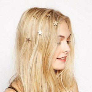 Best accessories for shoulder length hairstyles