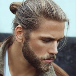 How to choose the daily hairstyle for your long hair