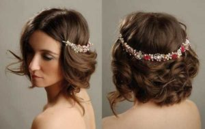 Let's see a few hairstyles for special events where your short thin hair will look amazing