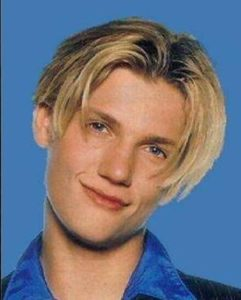 Most popular 90's Hairstyles for boys 2