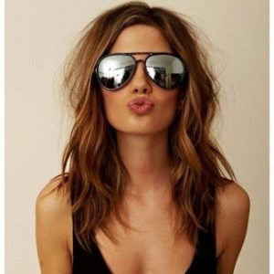 Shoulder length hairstyles for the summer