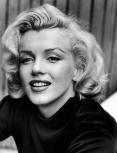 marilyn short curls