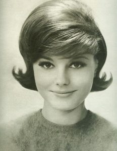 60s hairstyles female