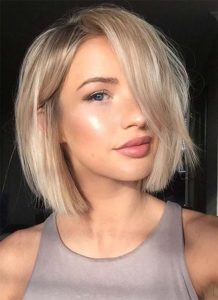Hairstyles for women with short hair
