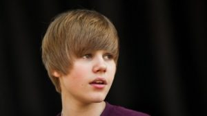Justin Bieber 60s hairstyle