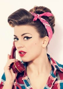 Pin-up Victory Rolls steps
