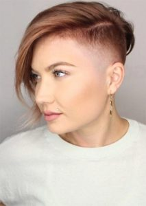 Unprofessional Hairstyle for Women with Short Hair
